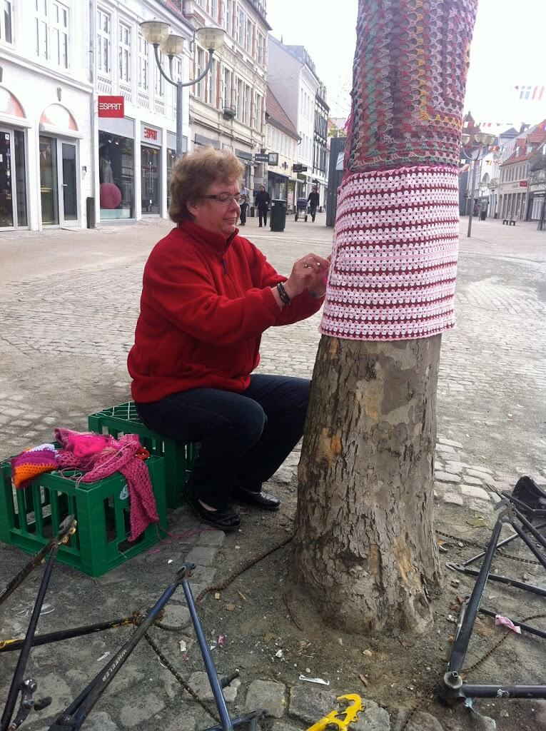 Yarnbombing Giro d'Italia in Horsens, may 2012