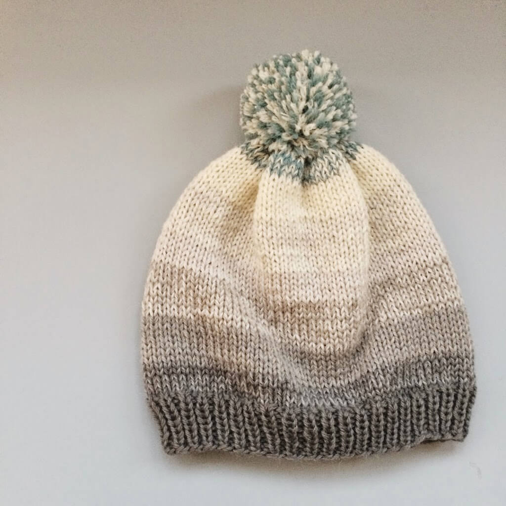 Beanie for beginners. Knitting pattern from Meraki