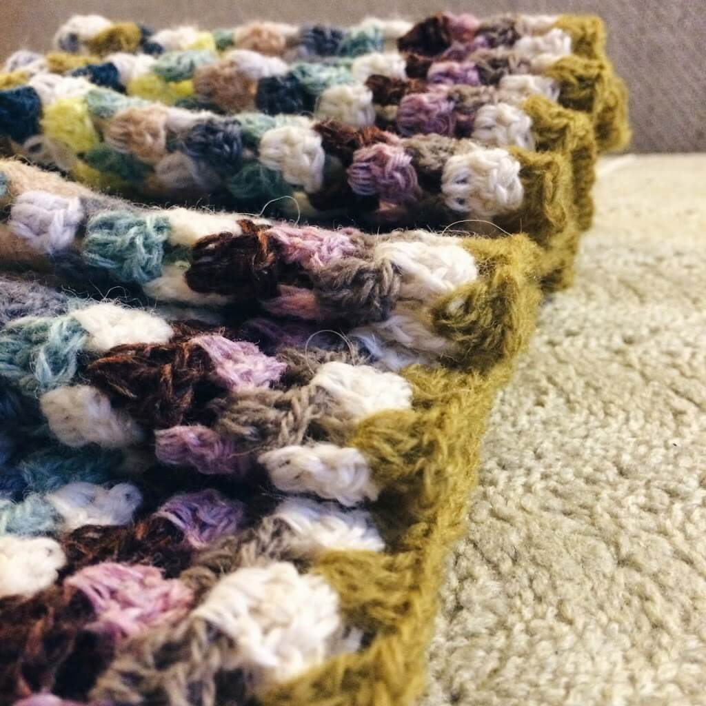 Grannystripes, crochet blanket made by Meraki